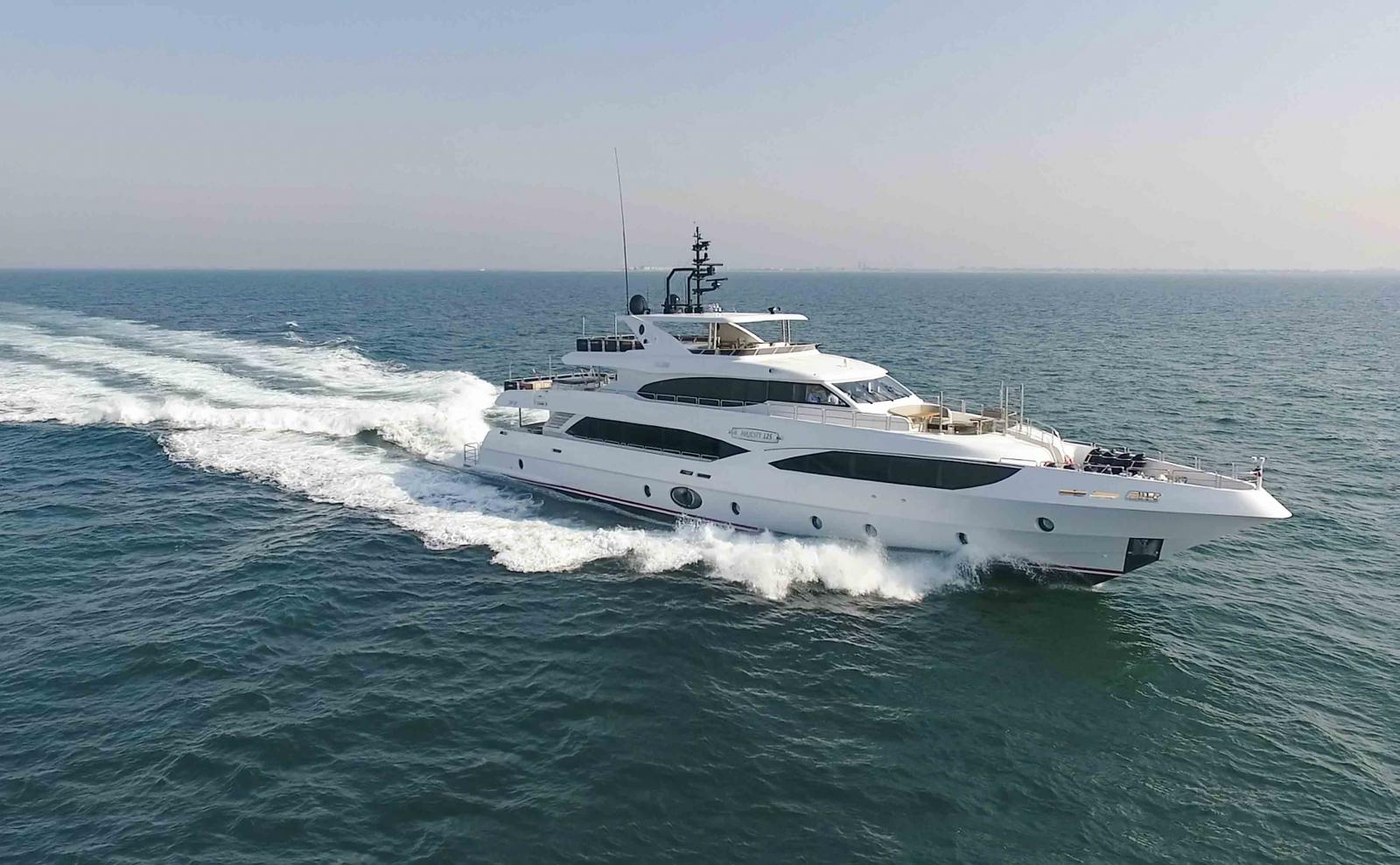 Gulf Craft - Majesty 125