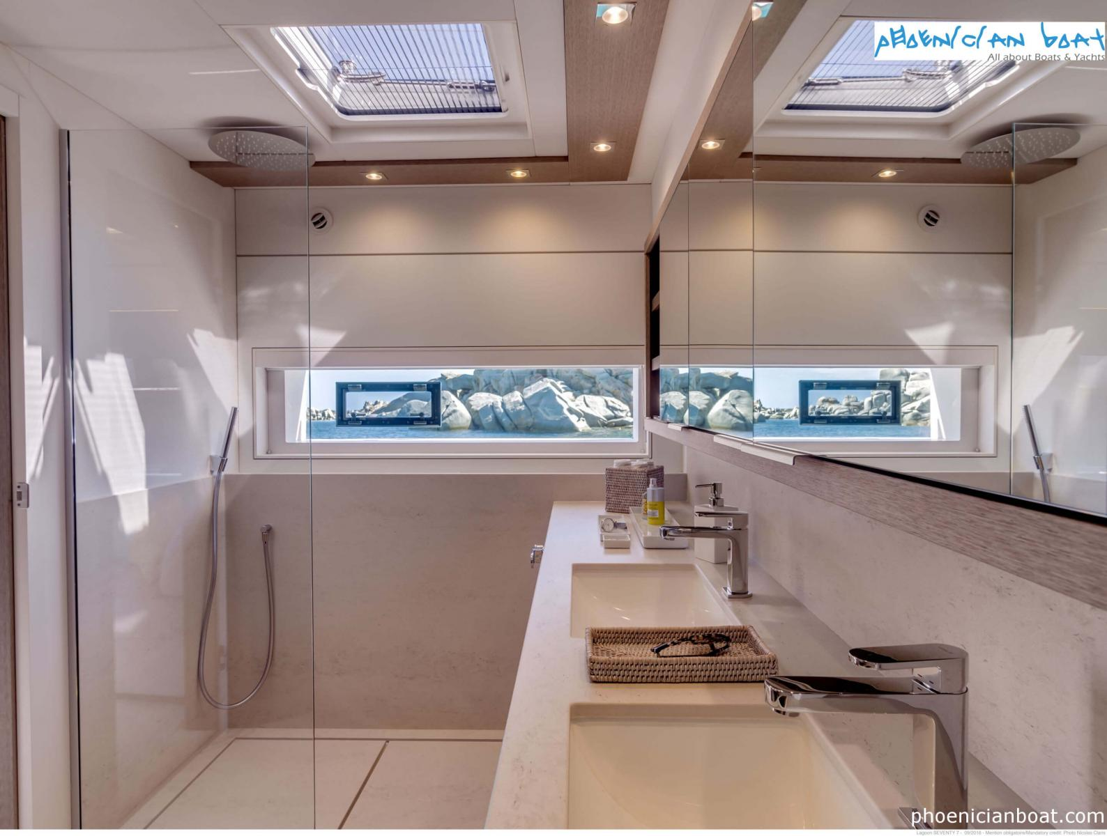 Lagoon Catamarans​ 78 MY - Bathroom