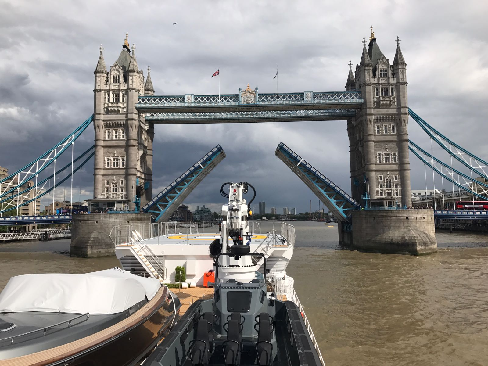 DAMEN GAME CHANGER in London