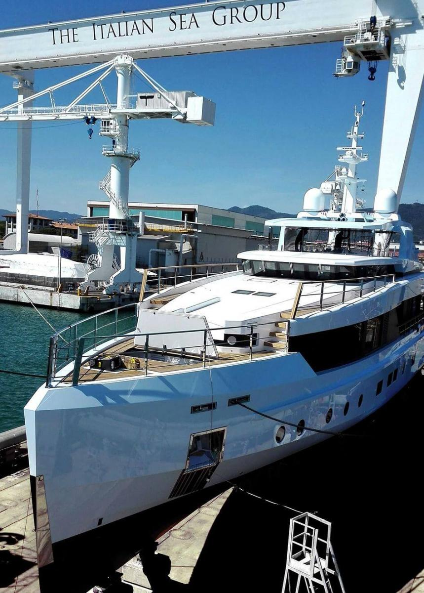 Phoenician Boat - Sage yacht launched italian sea group impero 40 metres - aerial view