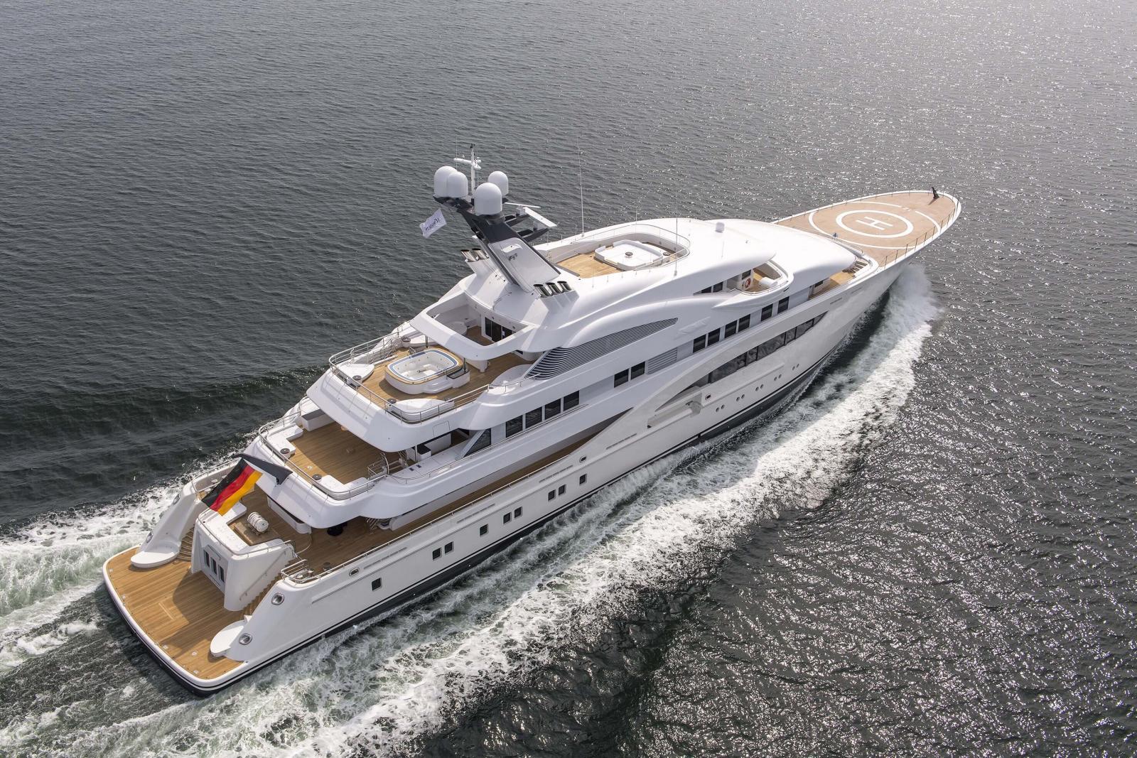 Lürssen 85m superyacht Areti