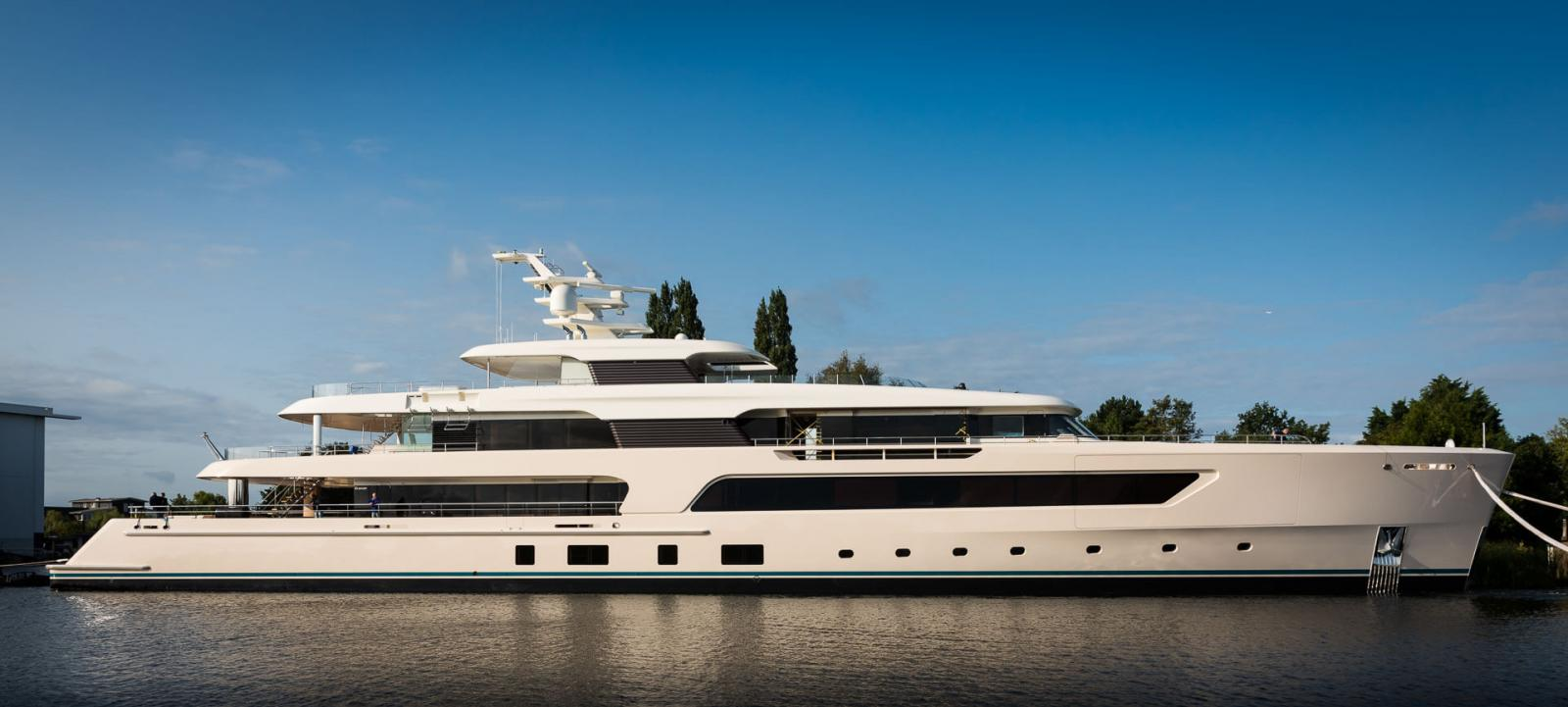 Feadship Superyacht Hull 696 - Side View