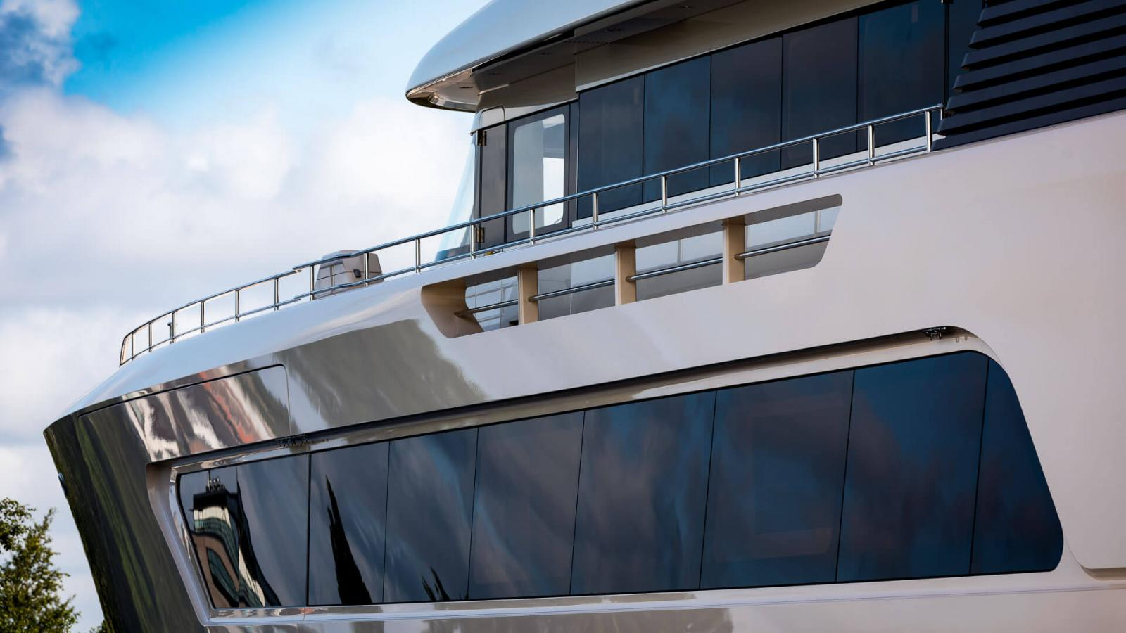 Feadship Hull 696 Yacht - Close Up