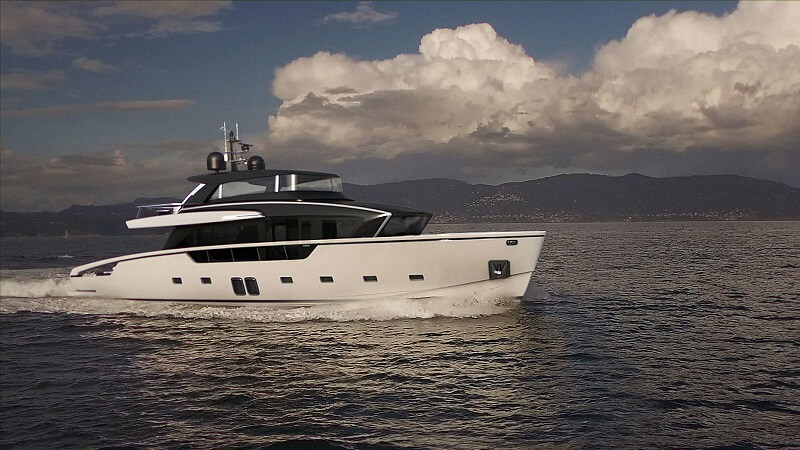 SanLorenzo Launches First SX88 - Side View